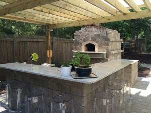 pizza oven, outdoor kitchen with pergola